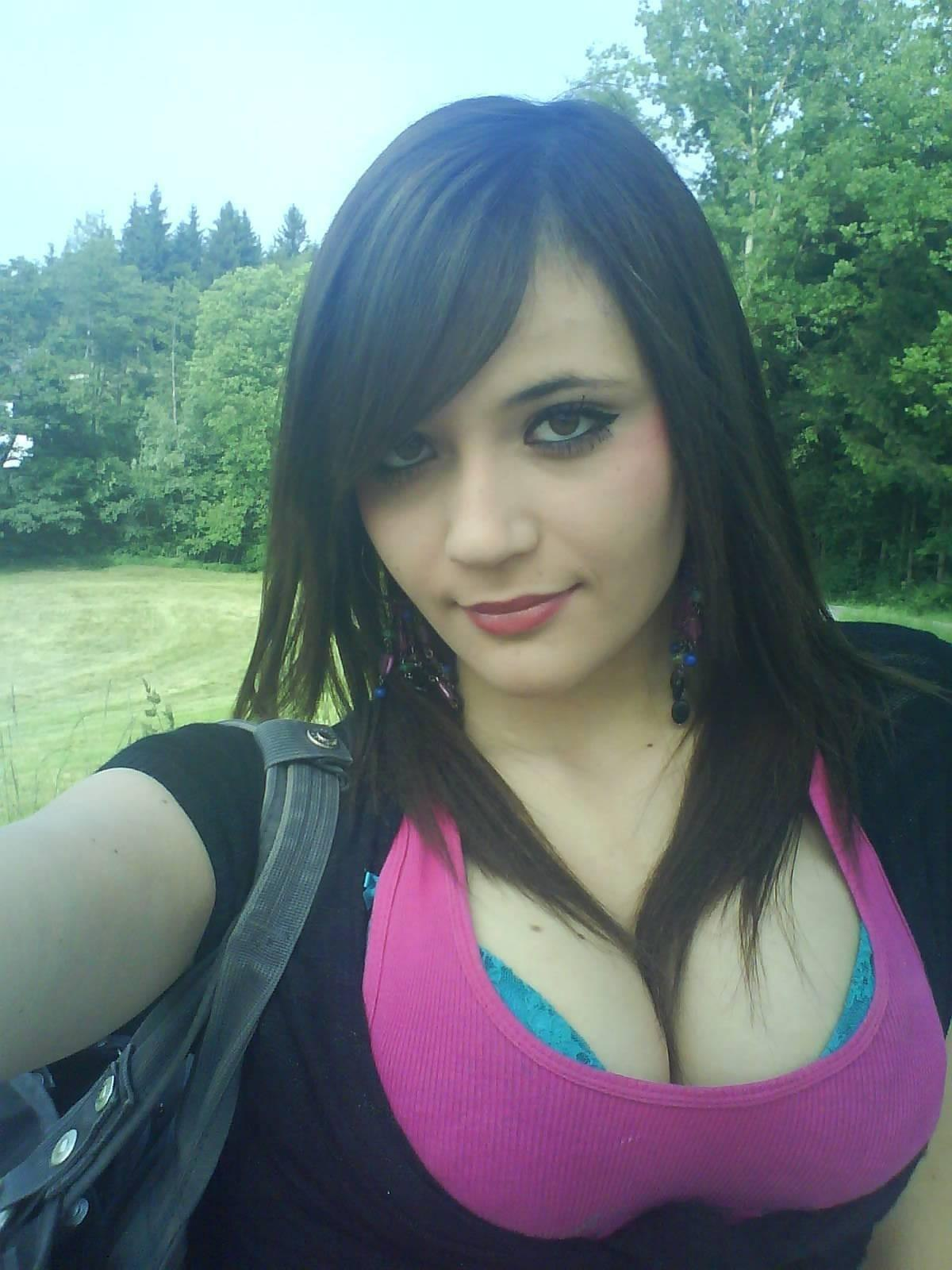 Nice photo collection of hot emo girls