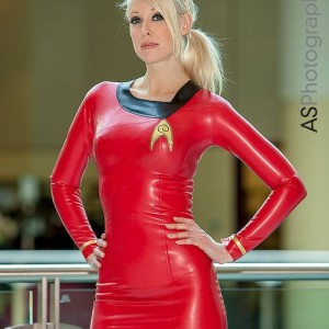 star_trek_cosplay_girls-03-300x300 Star Trek inspired cosplay girls