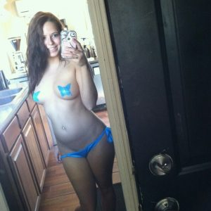 hot-teen-selfies-498-300x300 Selfies of hot girls - more pics
